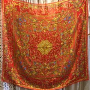 908f3e12 Atelier Versace silk scarf